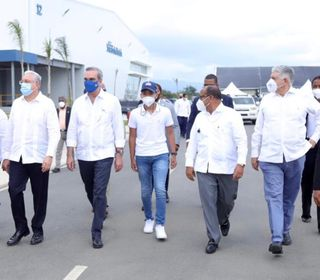 Presidente Abinader reafirma compromiso del Gobierno con el impulso de las zonas francas